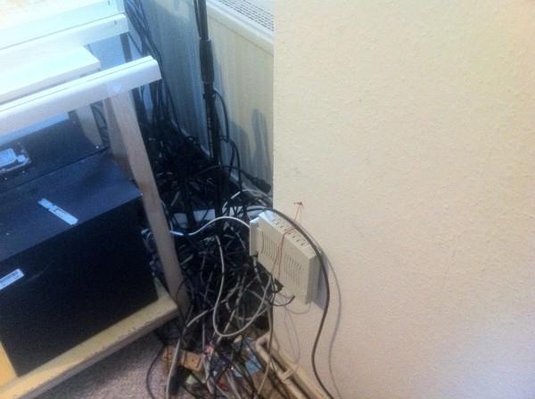 Die alten Kabel mussten erstmal alle einzeln herausgezogen und sortiert werden